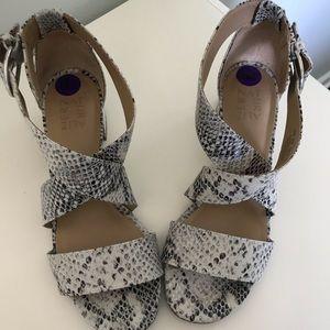Naturalizer Alexa Sandals Snake Block Heel